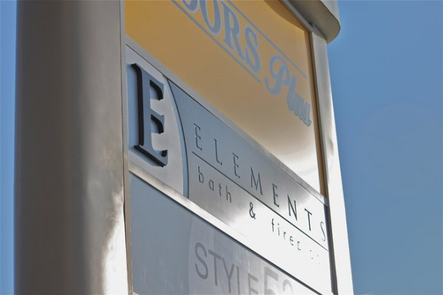 "Illuminated pylon Digitally printed translucent vinyl adorned with 3/4"""" dimensional text."